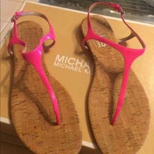 EUC, really cute Michael Kor Hot Pink sandal, one